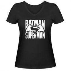 Женская футболка с V-образным вырезом Бэтмен vs. Супермен - FatLine
