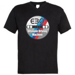 Мужская футболка  с V-образным вырезом BMW E30 Ultimate Driving Machine - FatLine