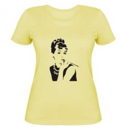 Женская футболка Девушка красит губы - FatLine