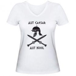 Женская футболка с V-образным вырезом Или Цезарь, или ничто - FatLine
