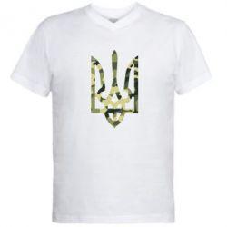 Мужская футболка  с V-образным вырезом Камуфляжный герб Украины - FatLine