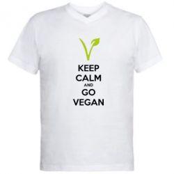 Мужская футболка  с V-образным вырезом Keep calm and go vegan - FatLine