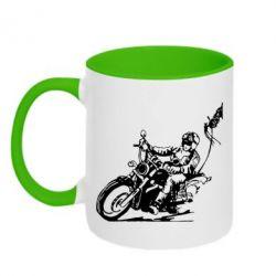 Кружка двухцветная Байкер на мотоцикле - FatLine