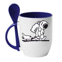 Кружка с керамической ложкой Космонавт - FatLine