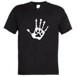 Мужская футболка  с V-образным вырезом Рука волка