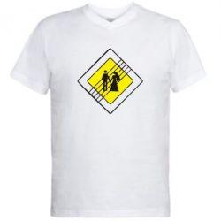 Мужская футболка  с V-образным вырезом знак свадьбы - FatLine