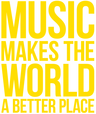Принт Женская футболка Music makes the world a better place - FatLine