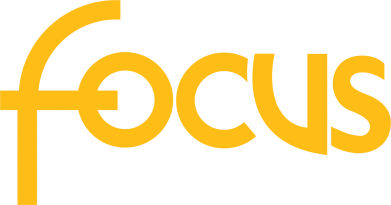 Принт Женская футболка с V-образным вырезом Focus - FatLine