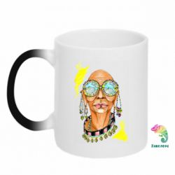 Кружка-хамелеон African hippie woman in blue glasses