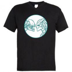 Мужская футболка  с V-образным вырезом Alien and Predator