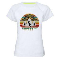 Женская спортивная футболка Aliens and dinosaur