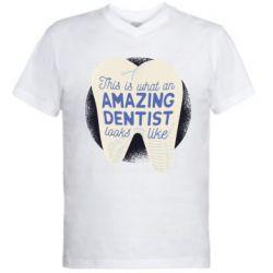 Чоловіча футболка з V-подібним вирізом Amazing Dentist