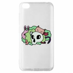 Чехол для Xiaomi Redmi Go Animals and skull in the bushes