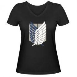Жіноча футболка з V-подібним вирізом Атака титанів