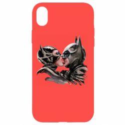 Чехол для iPhone XR Batman and Catwoman Kiss