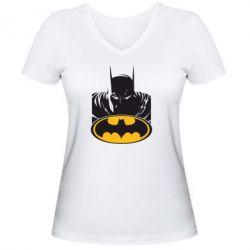 Женская футболка с V-образным вырезом Batman face - FatLine