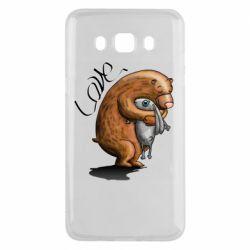 Чехол для Samsung J5 2016 Bear hugs a hare