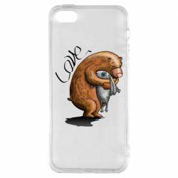 Чехол для iPhone5/5S/SE Bear hugs a hare