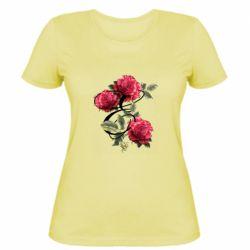 Женская футболка Буква Е с розами