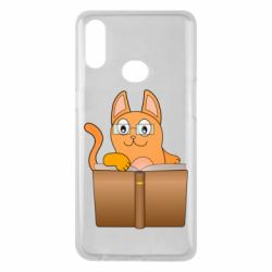 Чехол для Samsung A10s Cat in glasses with a book