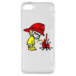Чехол для iPhone SE Писающий хулиган-пожарный
