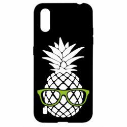 Чехол для Samsung A01/M01 Pineapple with glasses