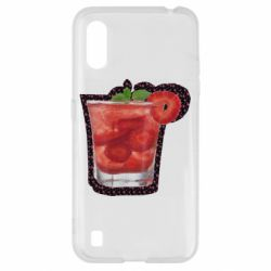 Чехол для Samsung A01/M01 Strawberry cocktail on a background of flowers