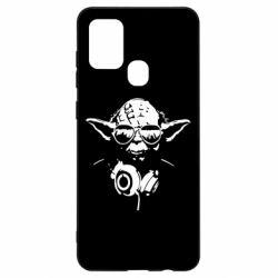 Чехол для Samsung A21s Yoda в наушниках