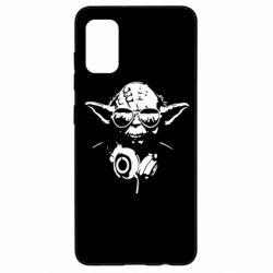 Чехол для Samsung A41 Yoda в наушниках