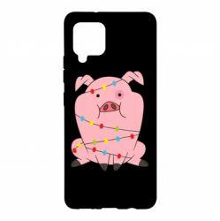 Чохол для Samsung A42 5G Свиня обмотана гірляндою