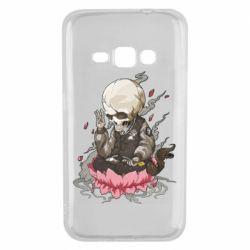 Чехол для Samsung J1 2016 A skeleton sitting on a lotus