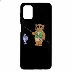 Чохол для Samsung M51 Ведмідь ловить рибу