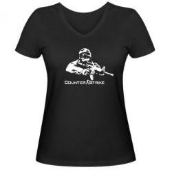 Женская футболка с V-образным вырезом Counter Strike Player - FatLine