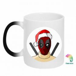 Кружка-хамелеон Deadpool in New Year's hat