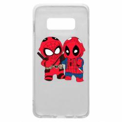 Чехол для Samsung S10e Дэдпул и Человек паук