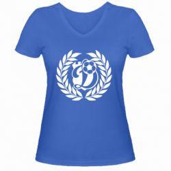 Женская футболка с V-образным вырезом Динамо Киев: мяч, колоски лого