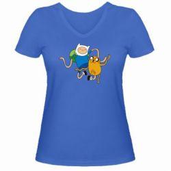 Женская футболка с V-образным вырезом Фин и Джейк танцуют 2