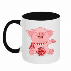 Кружка двоколірна 320ml Funny pig with a Christmas toy
