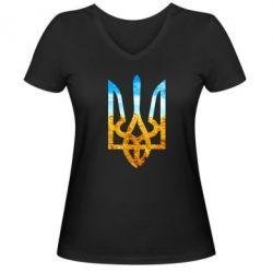 Женская футболка с V-образным вырезом Герб на фоні прапора - FatLine
