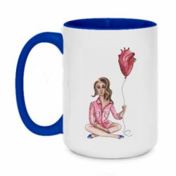 Кружка двухцветная 420ml Girl in pajamas holding an airy heart