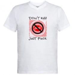 Мужская футболка  с V-образным вырезом губки - FatLine