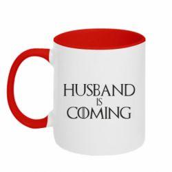 Кружка двухцветная 320ml Husband is coming