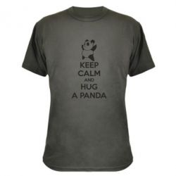 Камуфляжна футболка KEEP CALM and HUG A PANDA