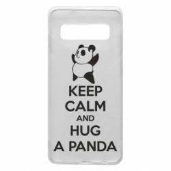 Чехол для Samsung S10 KEEP CALM and HUG A PANDA