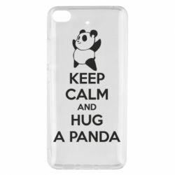 Чохол для Xiaomi Mi 5s KEEP CALM and HUG A PANDA