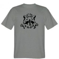 Чоловіча футболка Keep calm and hug a raccoon