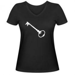 Женская футболка с V-образным вырезом Ключ к сердцу
