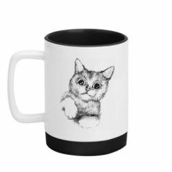 Кружка кольорова з силіконовим дном 320ml Pencil drawing of a kitten