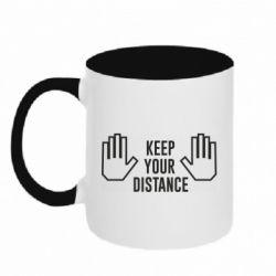 Кружка двоколірна 320ml Keep your distance