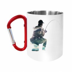 Кружка з ручкою-карабіном Рибалка на коліні